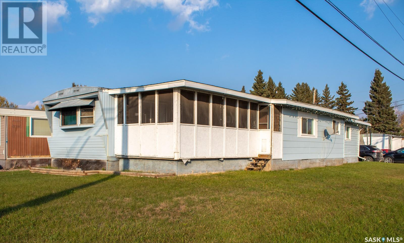 218 5th AVE S located in Melfort,                   Saskatchewan image #0